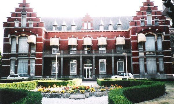 h6r1-t18 Gasthuisstraat Huize De Berg