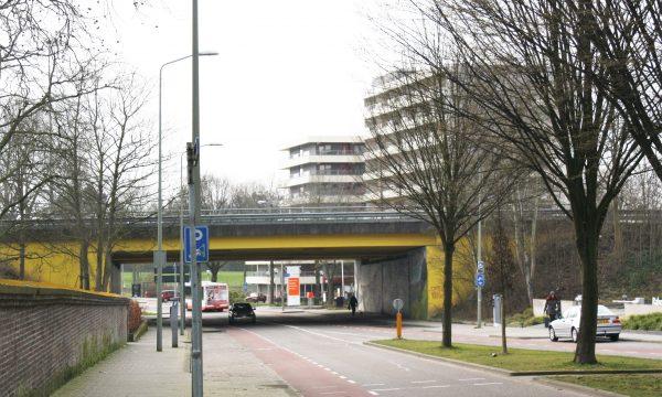 h6r2-b10 Valkenburgerweg - viaduct - Romeins verleden en natuurlandschap-James Jetlag (1)
