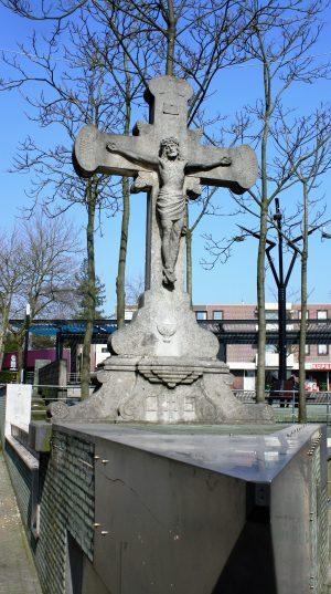 h6r7-h03 Gebrookerplein Kruisbeeld