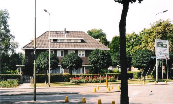 h6r7-p03 Gouv. Baron van Hovellplein