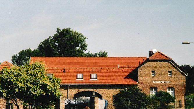h6r7-v03 Schuureikenweg - Zicht op Naanhhof
