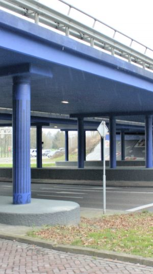 bkr2-m03 Welterlaan - Viaduct - Work hard, play hard-Lars Ickenroth(NL)
