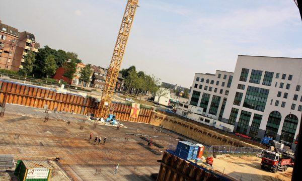 h6r1-j13 Stationsplein Maankwartier in aanbouw