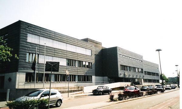 h6r1-k01 Stationstraat Politiebureau - Wiel Arets - 2001