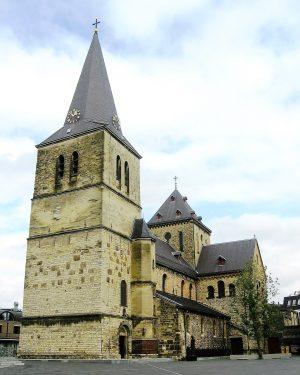 R1a11a-Pancratiusplein - Pancratiuskerk -
