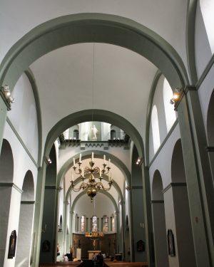 R1a11b Pancratiusplein - Pancratiuskerk