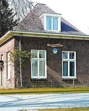R2a4-Valkenburgerweg - Koetshuis bij villa Eikholt