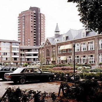 R3a15b- Zandweg - Zicht Parc Imstenrade na de restauratie en flatbouw in 1994 - kopie