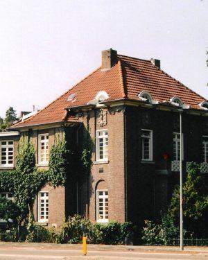 R3a8- Kruisstraat Hoek Schoolstraat 1- Th.M.J. van Kan-1914