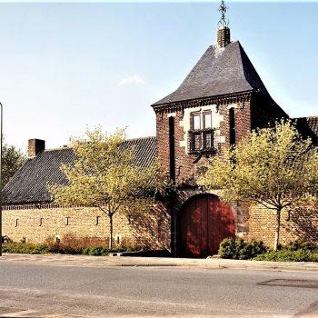 R4a20- Meezenbroekerweg Poortgebouw