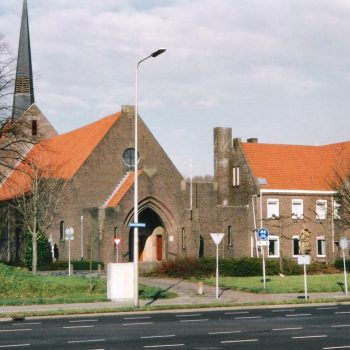 R5a12a-Beersdalweg - R.K.Kerk St. Antonius van Padua