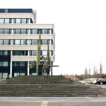 bkr2-e05 Het Overloon - Fontein bij hoofdkantoor DSM--Arthur Sproncken-1985