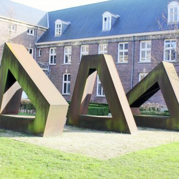 bkr3-t04 Zandweg - Trapezoiden-Els de Groot (Den Haag)-1983