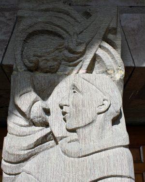 bkr5-k07 Beersdalweg - Kerkportaal met St Antonius-Charles Vos