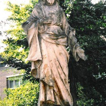 bkr7-d01 Markt - Christusbeeld-Geschenk van de firma Van Ballegooi