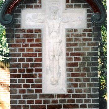 bkr7-e01 Juliana-Bernhardlaan - Kruisbeeld