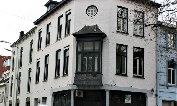 h6r1-m03 Klompstraat hoek Wilhelminaplein