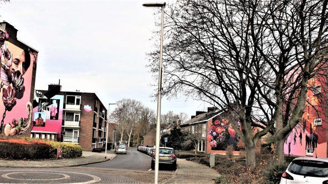 h6r4-v17 Oude Kerkstraat- 4 muurschilderingen in 1 oogopslag