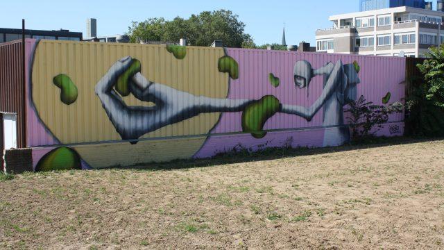 bkr1-f03 Schinkelstraat - muurschildering in tijdelijk stadspark