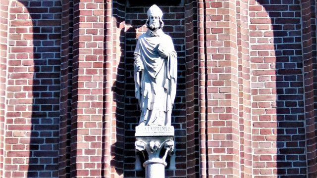 bkr6-f11 Weltertuynstraat - St. Martinus aan de gevel van de kerk