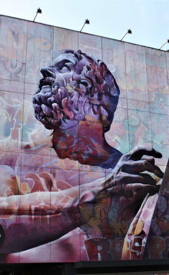 h6r1-v05b muurschildering - Pichi en Avo (Sp)